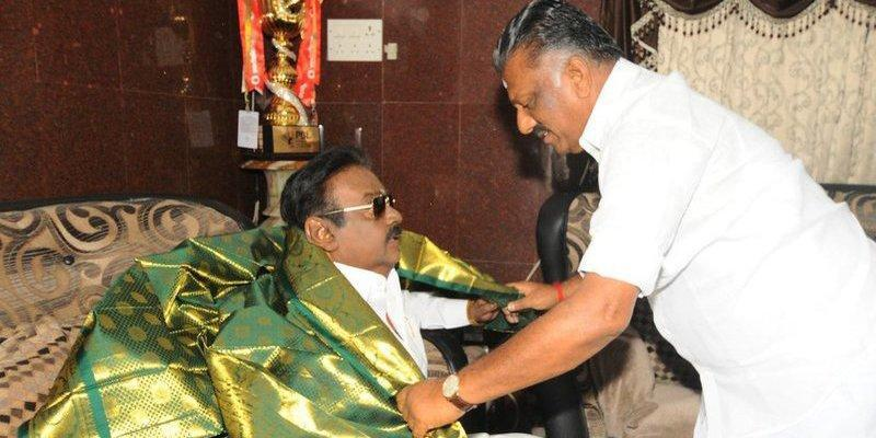 admk-give-4-seats-for-dmdk
