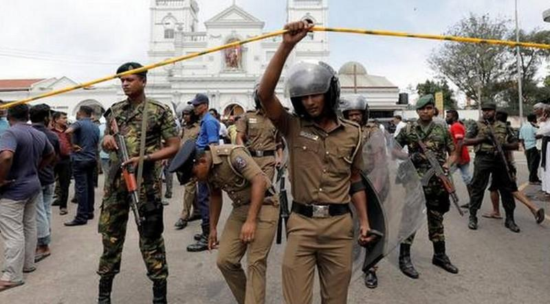 Bomb-found-out-near-colombo-airport