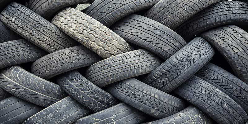 Tyre-Maintenance-Tips-to-Keep-Your-Car-Running-Smoothly-and-accident-free