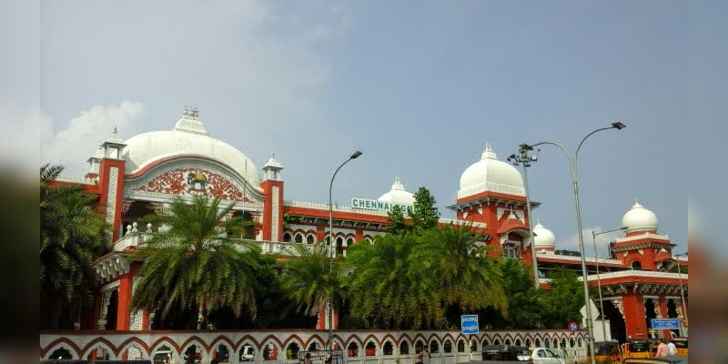 Due-to-fear-of-coronavirus-in-Chennai-3-entrances-of-the-Egmore--railway-station-were-closed