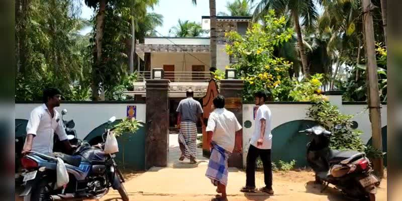 20-lakh-worth-jewelery-looted-in-the-Cuddalore-District-Collector-house