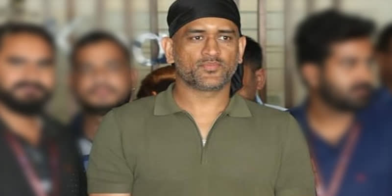 Dhoni-new-look-in-lock-sown-gone-viral