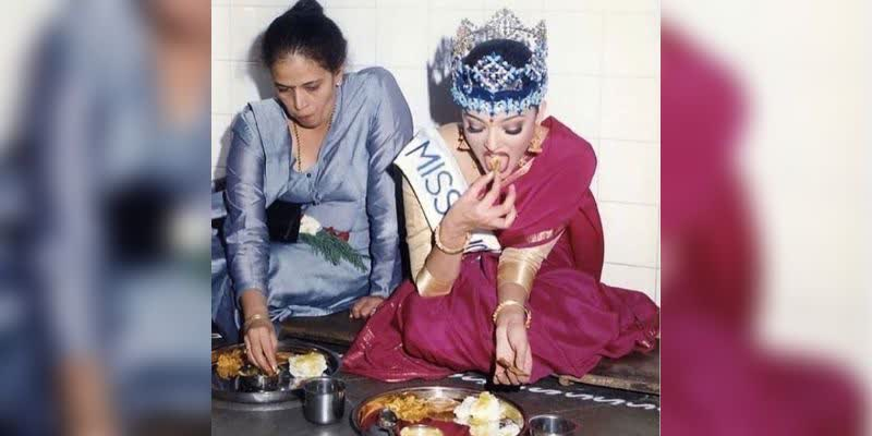 This-Pic-Of-Miss-World-Aishwarya-Rai-Tucking-Into-A-Meal-Is-Viral