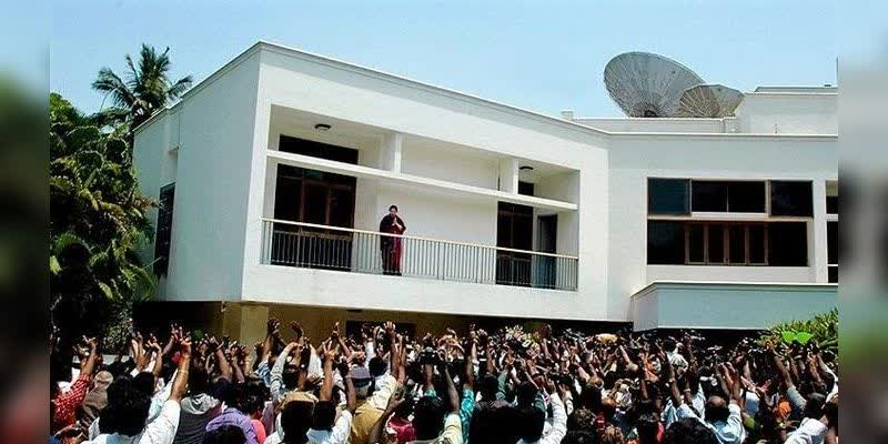 Jayalalitha-wrote-about-her-Boise-Garden-home-experience-during-that-time-