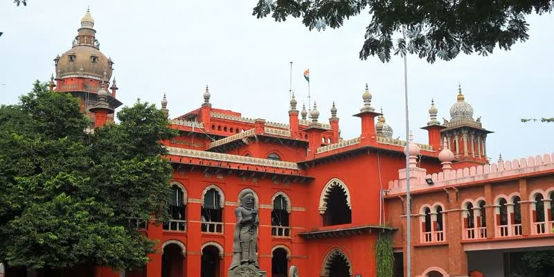 high-court-questioned-about-corona-treatment-in-private-hospital