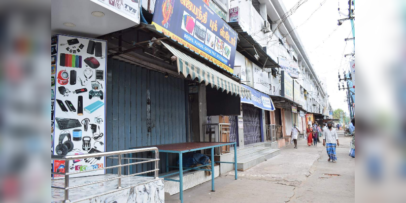 Shops-only-opened-in-Weekly-three-days---Vellore-collector