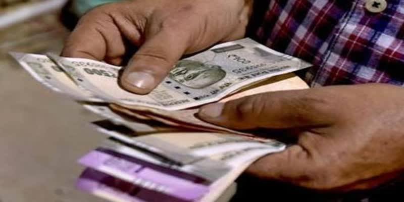 EPFO-withdrawls-reached-Rs--30-000-crore-during-lockdown