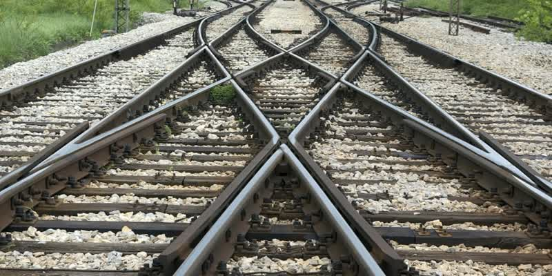 NHAI-to-acquire-land-for-high-speed-train-tracks