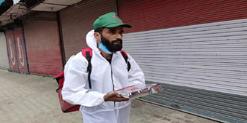 Kashmir-s-Swiggy-Boy-Who-Serves-Fresh-Home-Cooked-Meal