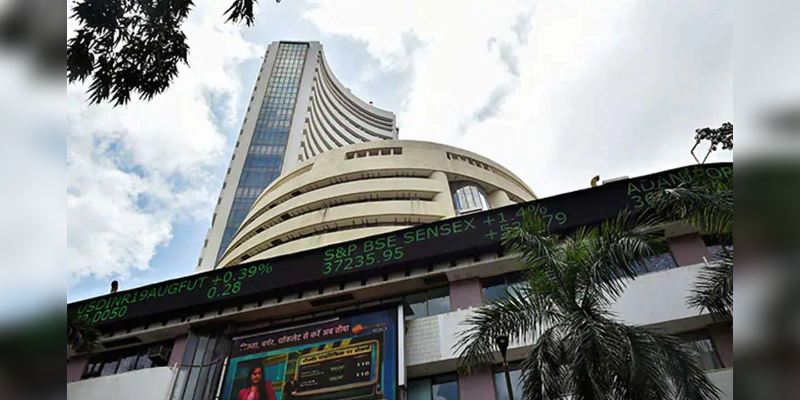 Sensex-ends-214-points-higher--Nifty-settles-at-11-371-60--NTPC--Asian-Paints-among-top-gainers