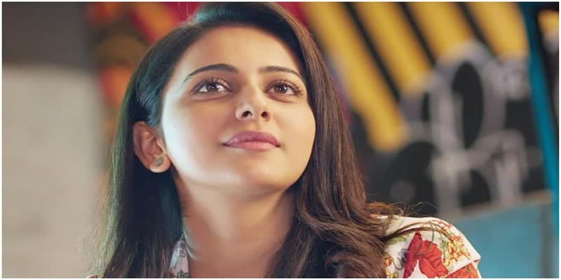 Rakul-Preet-shares-tips-to-make-her-favourite-face-mask-in-youtube-for-her-fans