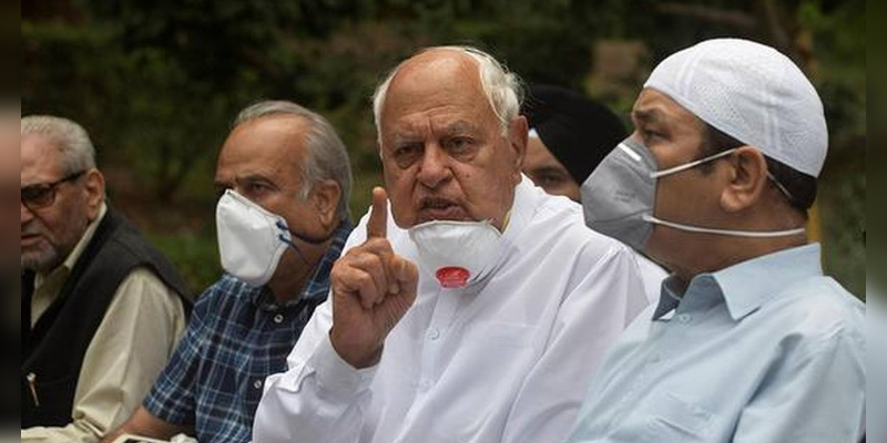Farooq-Abdullah-slams-Pakistan-for-praising-Gupkar-statement