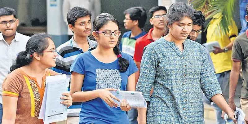 JEE-Entrance-Exam-to-join-IITs-and-NITs-Starting-tomorrow-with-safety-rules