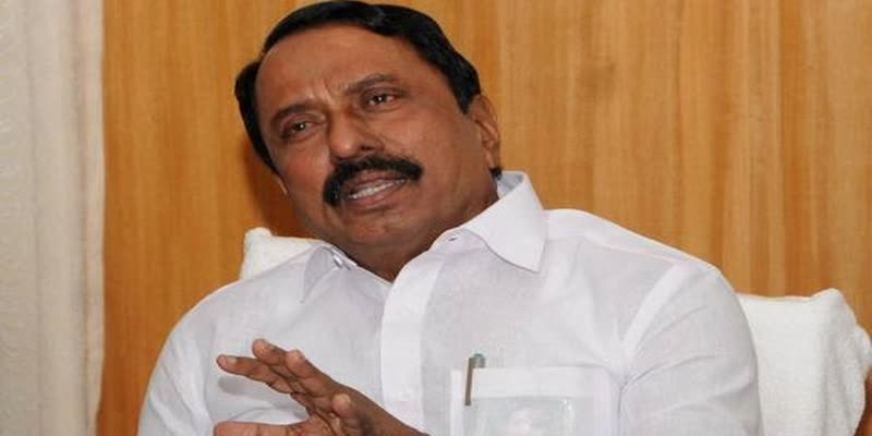 battle-with-edappadi-palaniswamy-and-o-panneerselvam--minister-sengottaiyan