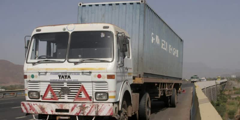 Gang-escapes-with-container-carrying-5-Mercedes-cars-Haryana-police-recovers-it-within-hours